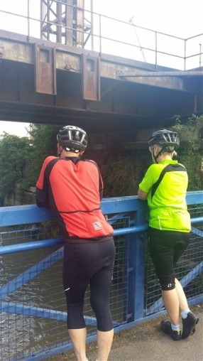 Price Bums at the Hapenny Hatchbridge in Deptford